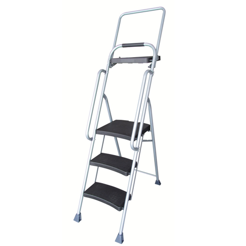 3 STEP LADDER WITH BIG PLASTIC STEPS AND WORKING TRAY