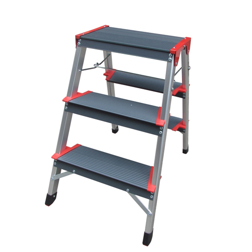 ALUMINIUM LADDER WITH WIDER STEPS DOUBLE SIDED 3 STEPS